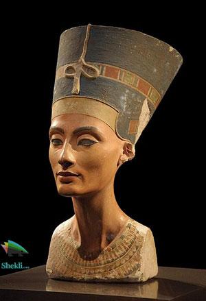 مجسمه ملکه مصر نفرتیتی