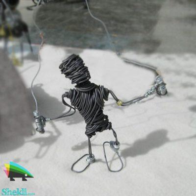 مجسمه طناب بازی سیم مفتول