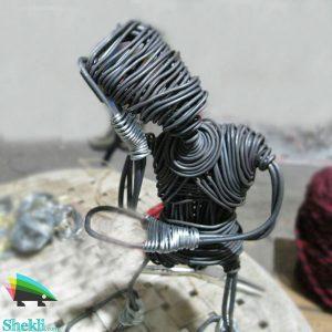 مجسمه مرد متفکر سیمی