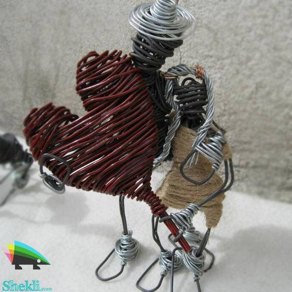 مجسمه رمانتیک سیم مفتول