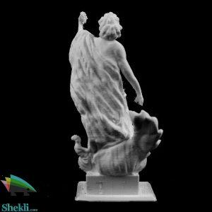 مجسمه پیروزی آپولو بر پایتون در موزه لوور