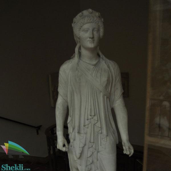 آرتمیس الهه شکار یونان
