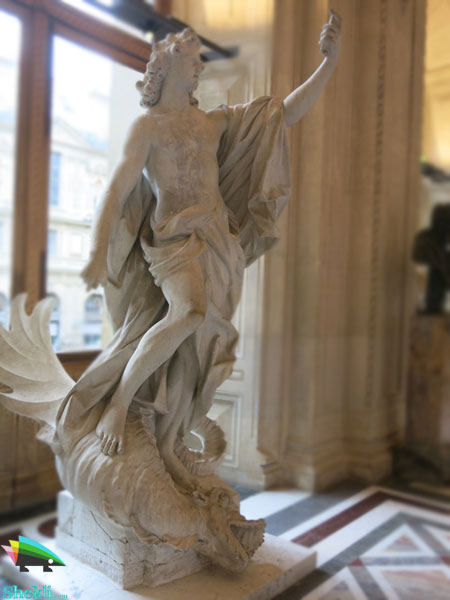 مجسمه نبرد پایتون و آپولو
