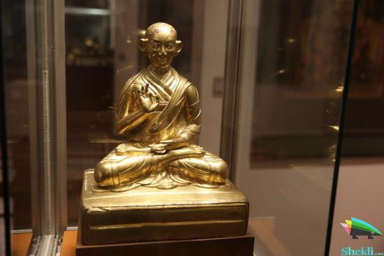 تندیس دالای لاما